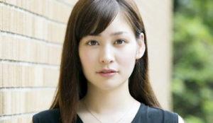 岩田絵里奈,ミスコン,大学
